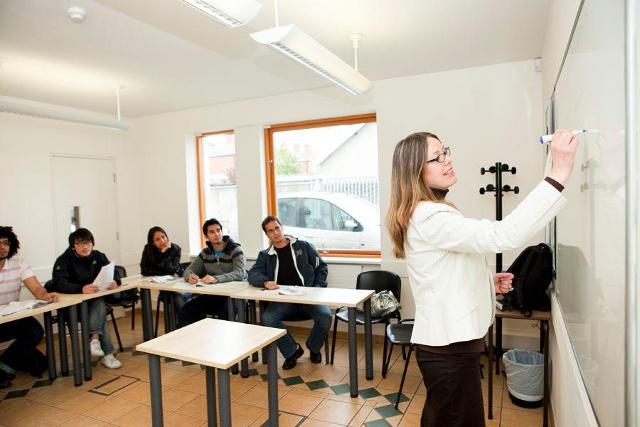 Лекции в Emerald Culture Institute