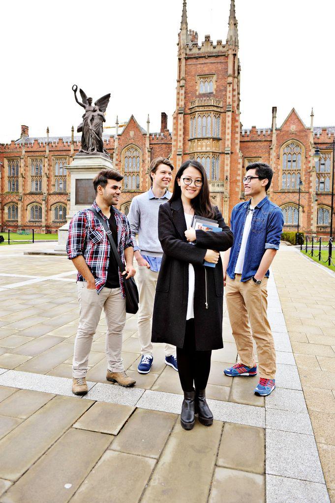 Обучение Queen's University of Belfast